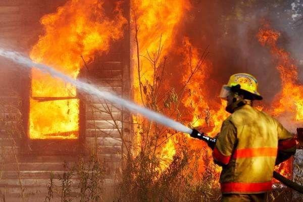 云南丽江森林大火明火已被扑灭 已转入火场清理看守阶段